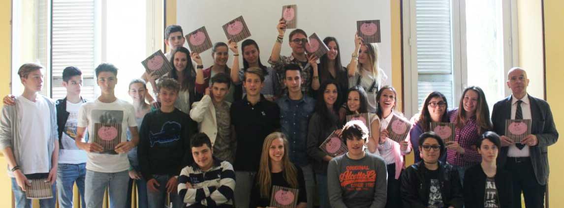 news-dalla-scuola-progetto-erasmus-pubblicazione-guida-gastronomica-gruppo