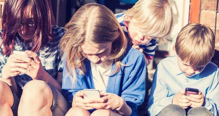 news-mainsteram-brutte-abitudini-tecnologiche